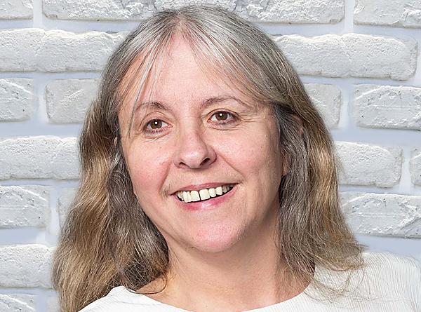 Lynda Plenty